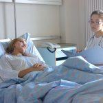 Krankenhauszimmer wechseln